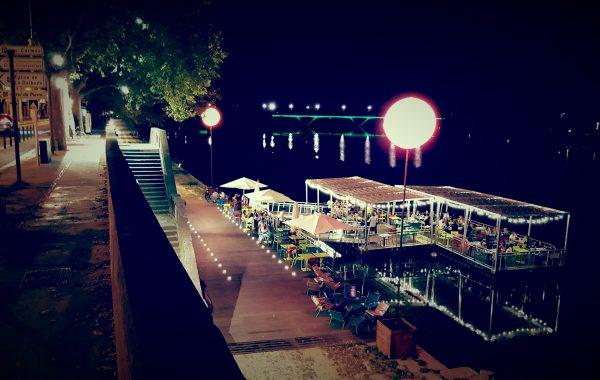 Eclairage restaurant sur ponton