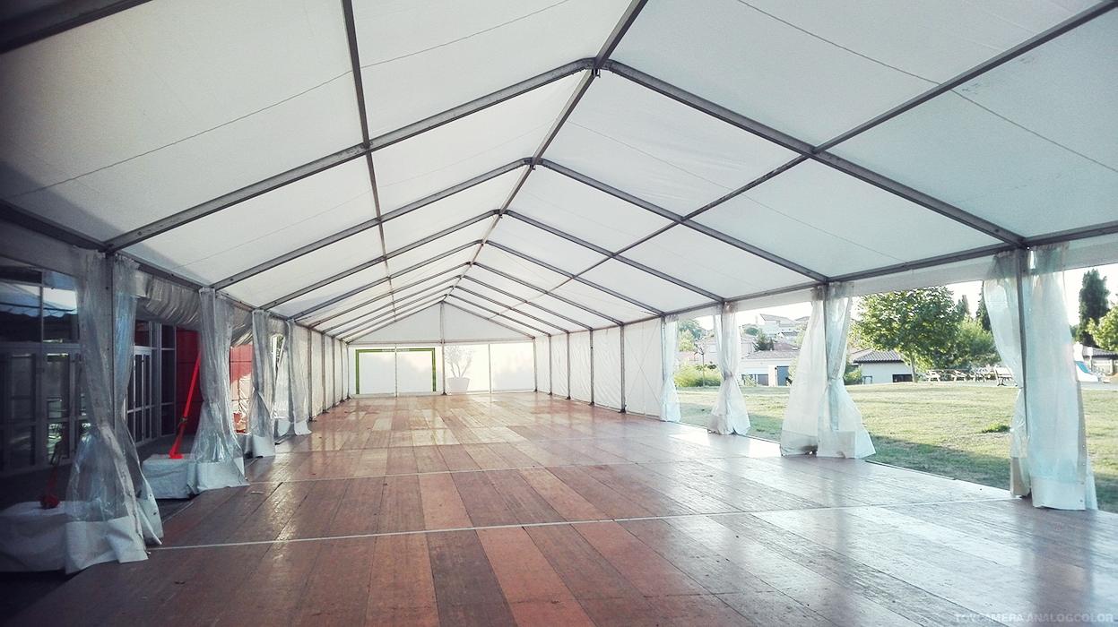chapiteau salle de concert structura location de mat riels de r ception. Black Bedroom Furniture Sets. Home Design Ideas