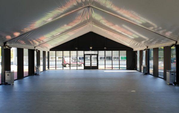 Bâtiment vitré pour réception